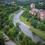 Komenského-sady_1920px-1024x683